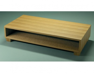 TABLE BASSE TRAVERSANTE